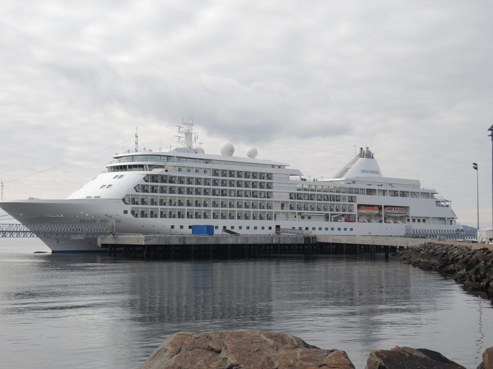 Croisières à Tadoussac: Sept-Îles et Havre-Saint-Pierre appuient l'opposition de Baie-Comeau