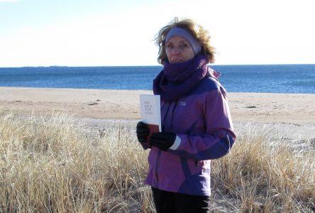 Cent haïkus pour la paix:Une auteure nord-côtière à l'honneur