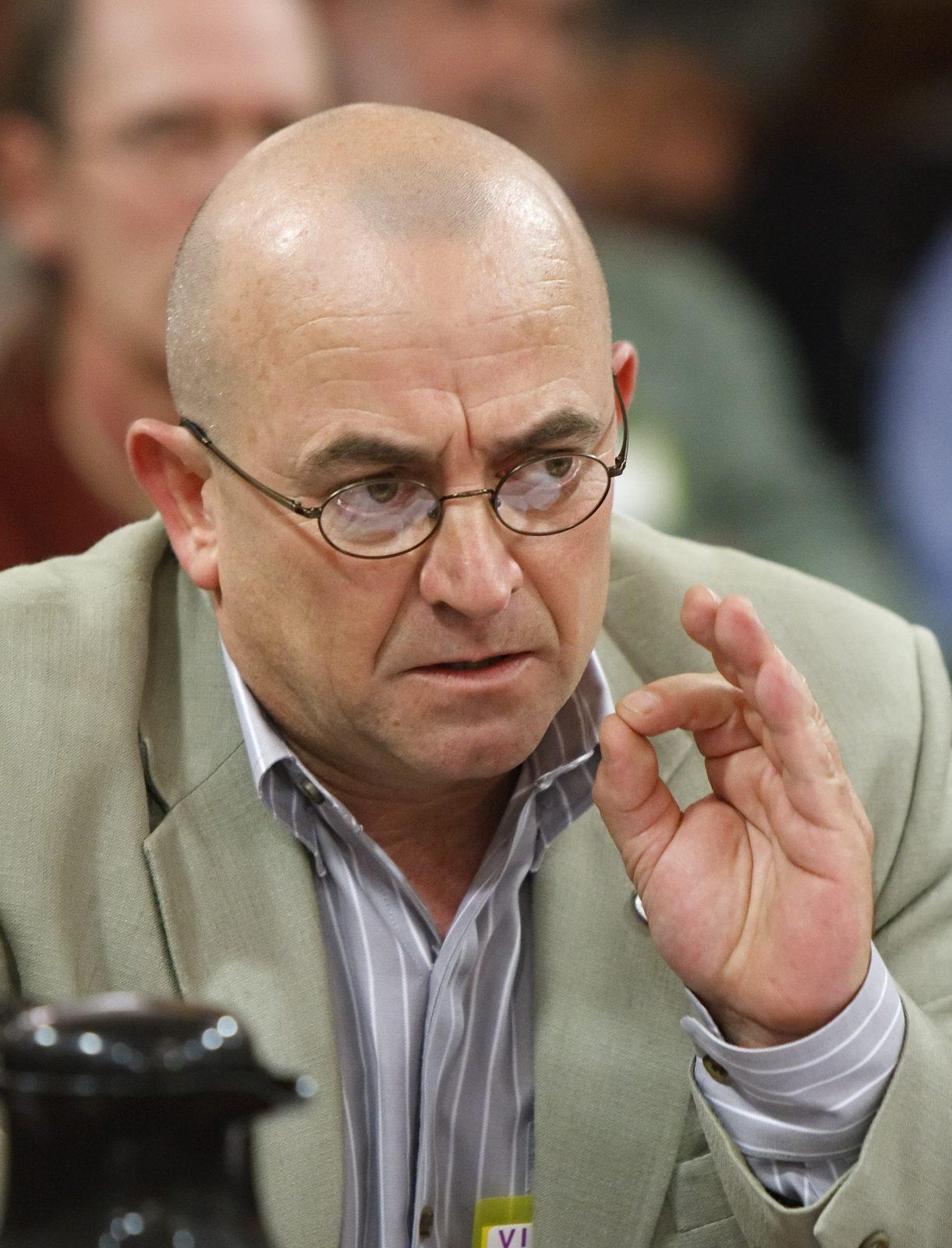 La Commission des relations du travail suspend ses audiences