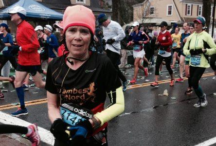 Anne Ross améliore son chrono au Marathon de Boston malgré des conditions difficiles