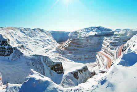 Hausse plus timide que prévu des investissements miniers