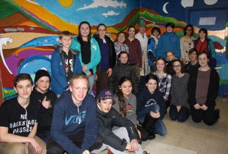Une nouvelle murale à l'école Queen Elizabeth