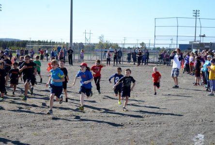 Une réussite pour la Compétition locale scolaire de cross-country!