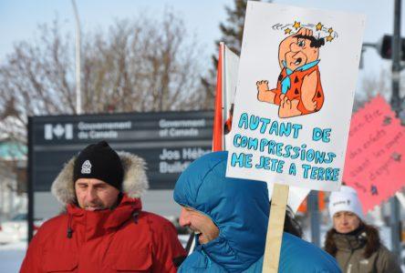 Des centaines de Nord-Côtiers marchent pour «la sauvegarde» des CPE