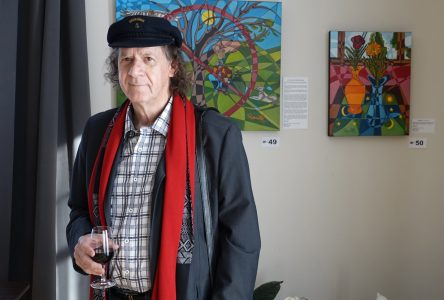 Le peintre natashquanais Gabriel Landry est en exposition tout l'été