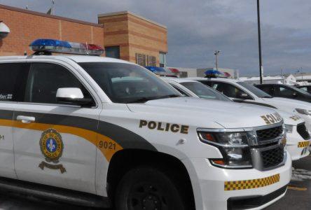 Un fraudeur se fait passer pour un policier