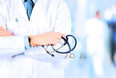 Un médecin de famille est radié six semaines