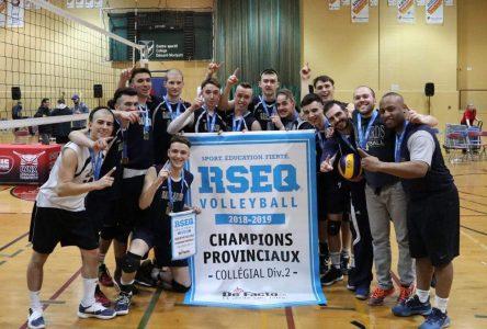 Des médailles aux Championnnats provinciaux collégiaux
