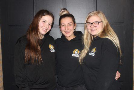 Trois étudiantes de l'IESI organisent un souper-spectacle au profit du Rond-Point