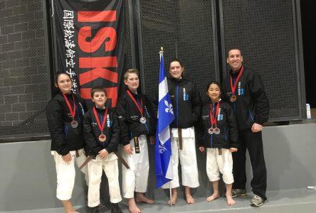 L'Institut de karaté Shotokan conclut les Championnats nationaux avec sept médailles