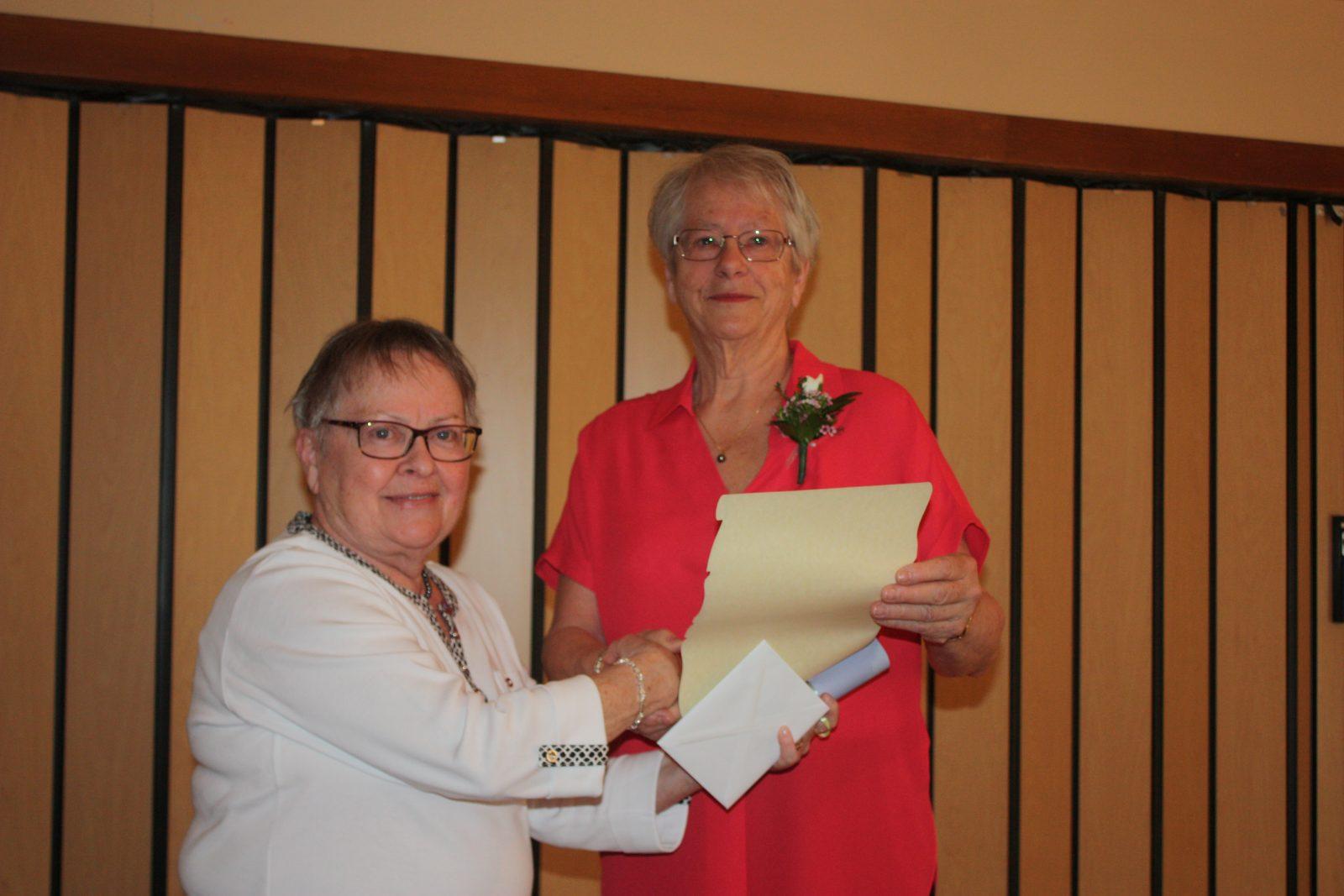 Le bénévolat, un don de soi pour Mme Lucie Lessard