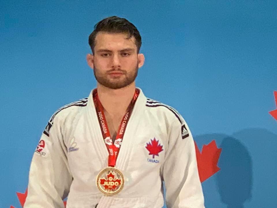 Côté sacré champion canadien