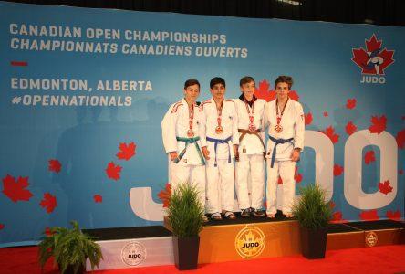 Des judokas nord-côtiers prennent place sur le podium à Edmonton