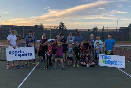 Bon départ de la Tournée Sports Experts de Tennis Québec sur la Côte-Nord