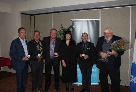 Marilène Gill décerne la Médaille de la députée de Manicouagan à sept Nord-Côtiers