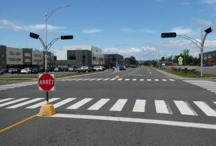 Les feux de circulation à l'intersection de Gamache et Père-Divet sont arrêtés pour cinq semaines