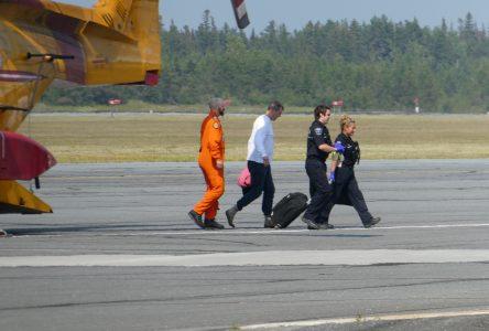 Avion écrasé : l'armée a retrouvé le pilote sain et sauf