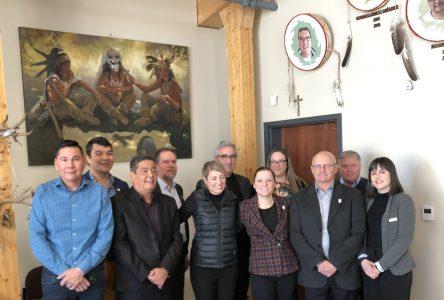 La ministre Joly voit le potentiel des croisières pour le tourisme nord-côtier et autochtone