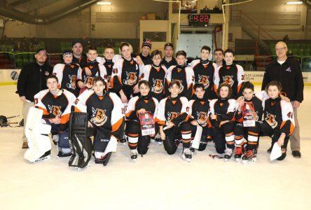 Tournoi international de hockey pee-wee de Québec : un beau défi pour les Basques de Sept-Îles