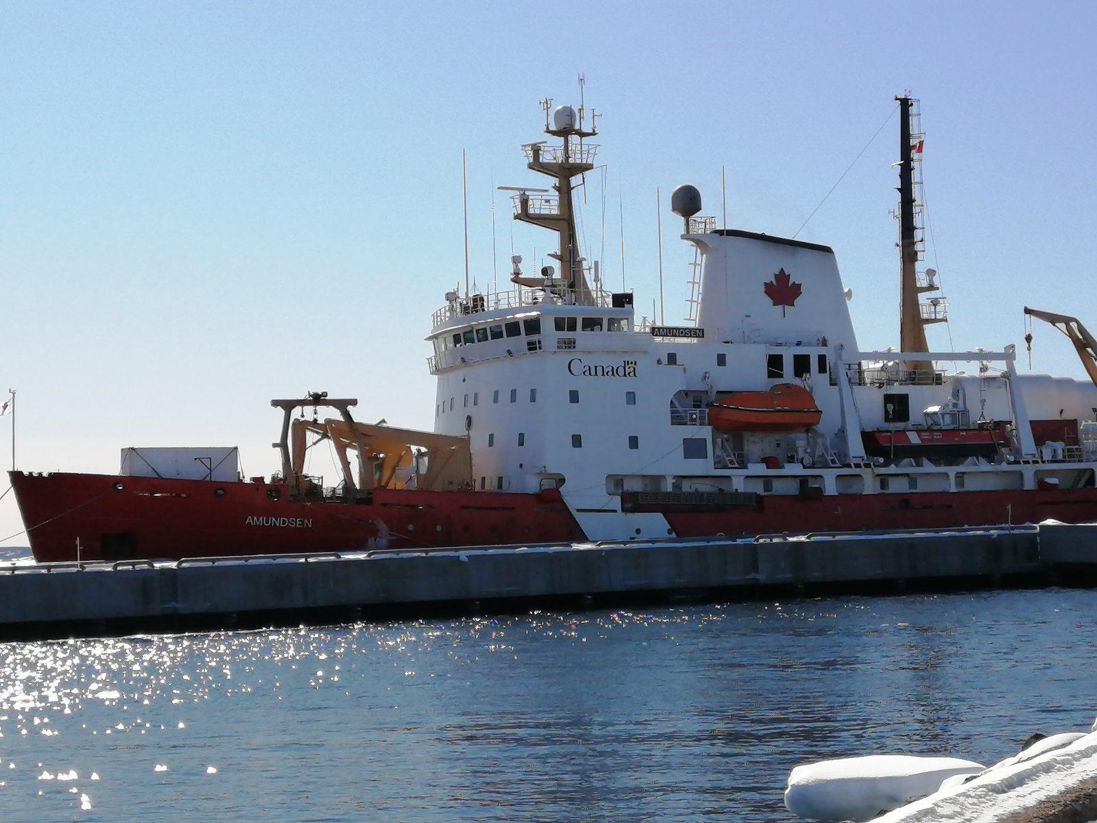 Le brise-glace de recherche NGCC Amundsen fait escale à Sept-Îles