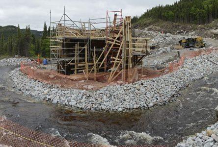 COVID-19 : les travailleurs du chantier Romaine-4 seront démobilisés