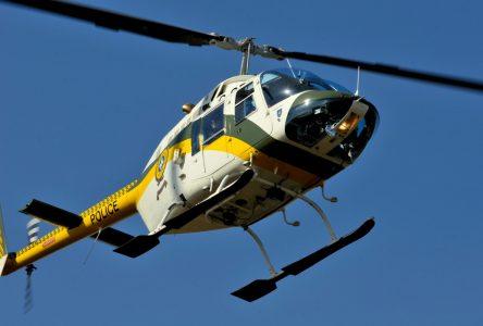 Des employés de la STQ transportés en hélicoptère