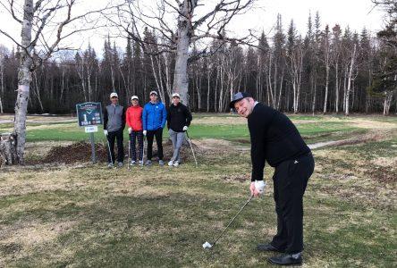 Le Club de golf Ste-Marguerite et son pro Jean-Pierre Morin lancent la saison au Québec