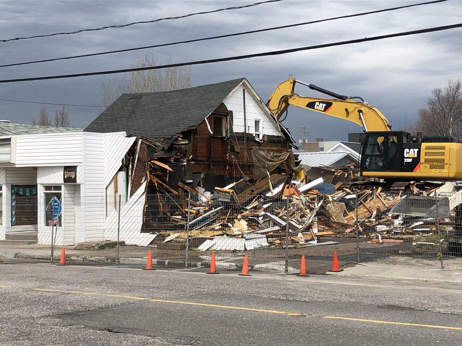 Un pan d'histoire de Sept-Îles est démoli