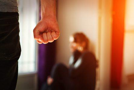 Violence conjugale, confinement et capsules de sensibilisation