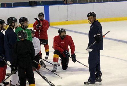 Hockey : les joueurs élite de la région retrouvent la glace
