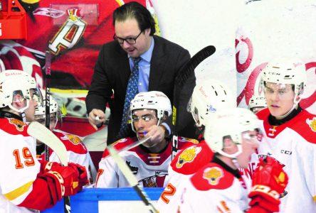 La COVID-19 incite Jon Goyens à démissionner de son poste d'entraîneur-chef du Drakkar de Baie-Comeau