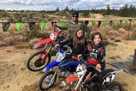 Le motocross, une passion chez les Leblanc