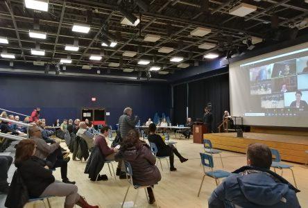 Première séance d'information pour le projet de la recharge de la plage Rochelois à Port-Cartier