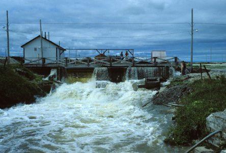 Les travaux de restauration du canal Saint-Georges à l'île d'Anticosti sont débutés