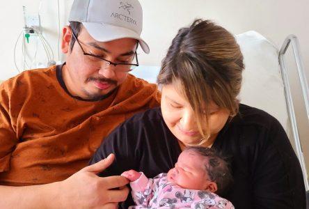Jasmine Mckenzie, le premier bébé « ère COVID » à l'hôpital de Sept-Îles