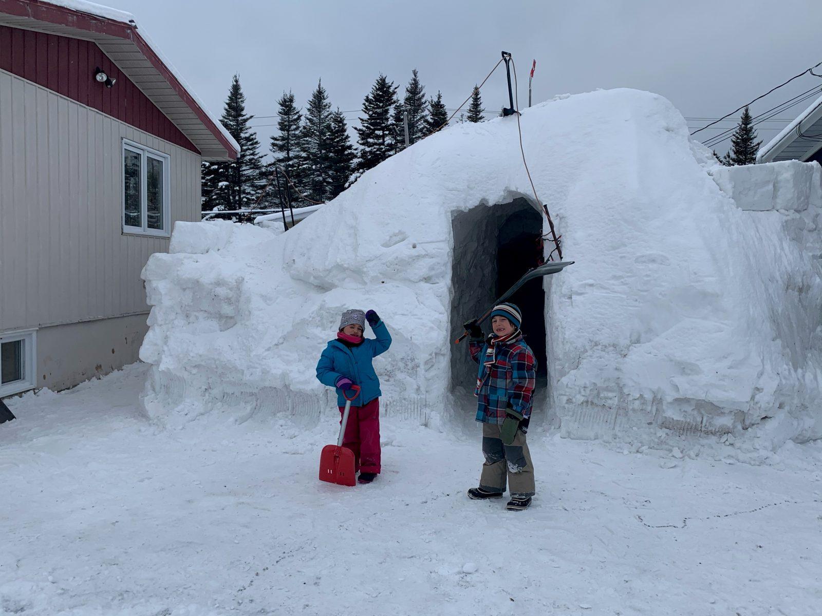 Construire un Igloo dans sa cour à Clarke City